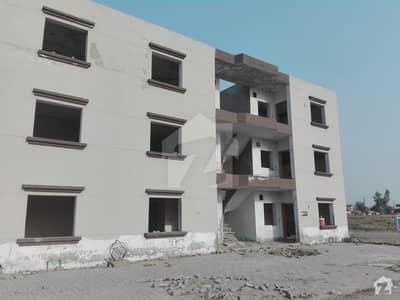 Family-friendly 5 Marla Flat Available In Khayaban-e-Amin - Block P
