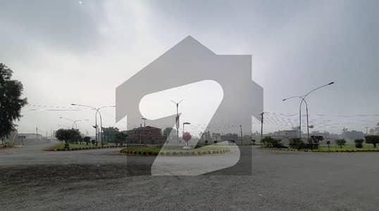 چنار باغ لاہور میں 1 کنال رہائشی پلاٹ 99 لاکھ میں برائے فروخت۔