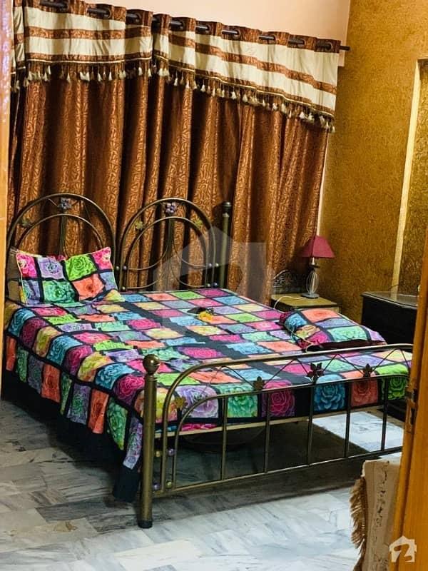 نشتر روڈ (لارنس روڈ) کراچی میں 3 کمروں کا 5 مرلہ فلیٹ 5.5 کروڑ میں برائے فروخت۔