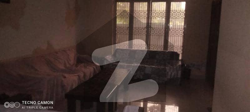 عامر ٹاؤن ہربنس پورہ لاہور میں 4 کمروں کا 10 مرلہ مکان 2 کروڑ میں برائے فروخت۔