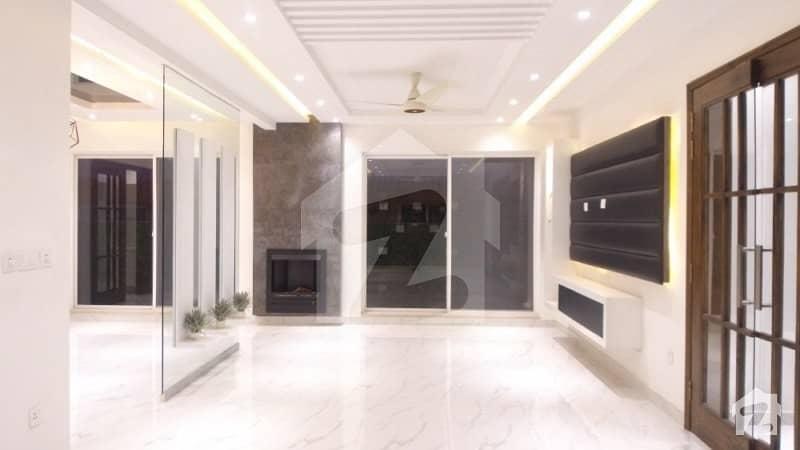 سینٹرل پارک ہاؤسنگ سکیم لاہور میں 4 کمروں کا 10 مرلہ مکان 1.95 کروڑ میں برائے فروخت۔