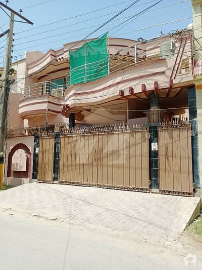 10 Marla Triple Storey House Available For Sale In Allama Iqbal Town