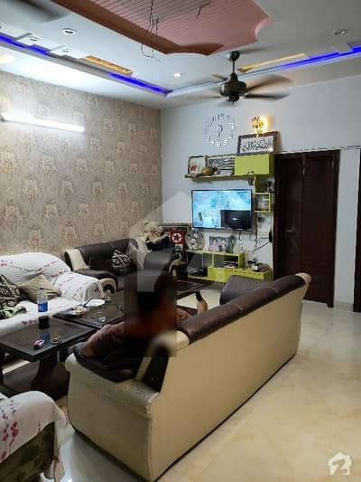 خیابان کالونی 2 فیصل آباد میں 4 کمروں کا 6 مرلہ مکان 1.45 کروڑ میں برائے فروخت۔