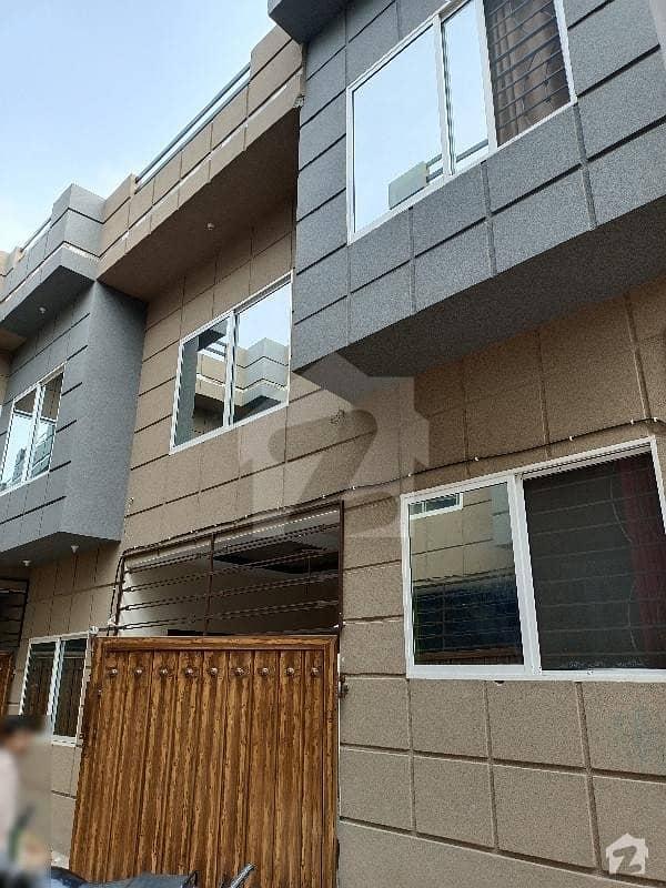 جنجوعہ ٹاؤن راولپنڈی میں 6 کمروں کا 5 مرلہ مکان 65 لاکھ میں برائے فروخت۔