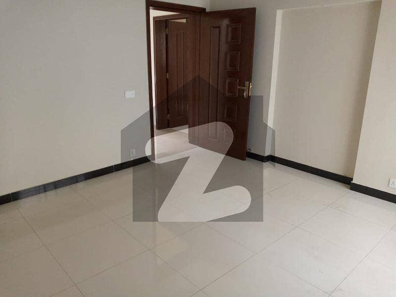 اسٹیٹ لائف ہاؤسنگ سوسائٹی لاہور میں 3 کمروں کا 5 مرلہ مکان 1.3 کروڑ میں برائے فروخت۔