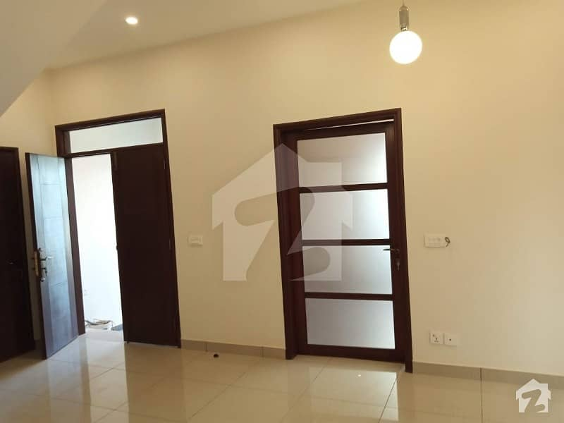 100 Aq Yrds Independent Double Storey Bungalow For Rent