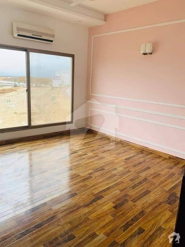 500 Aq Yards Slightly Used Bungalow Upper Portion For Rent
