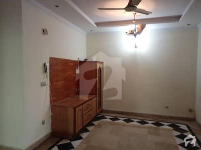 بحریہ ٹاؤن فیز 2 ایکسٹینشن بحریہ ٹاؤن راولپنڈی راولپنڈی میں 5 کمروں کا 11 مرلہ مکان 2.6 کروڑ میں برائے فروخت۔