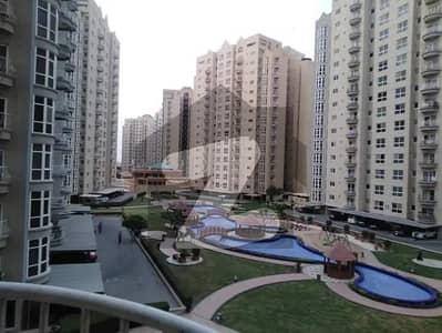 کریک وسٹا ڈی ایچ اے فیز 8 ڈی ایچ اے کراچی میں 4 کمروں کا 17 مرلہ فلیٹ 1.8 لاکھ میں کرایہ پر دستیاب ہے۔