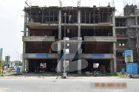 ڈریم گارڈنز فیز 1 ڈریم گارڈنز ڈیفینس روڈ لاہور میں 1 کمرے کا 2 مرلہ فلیٹ 49 لاکھ میں برائے فروخت۔