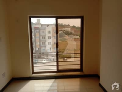 Brand New Well Maintained  2 Bedroom Flat Available For Rent In Bahria Town Phase 7