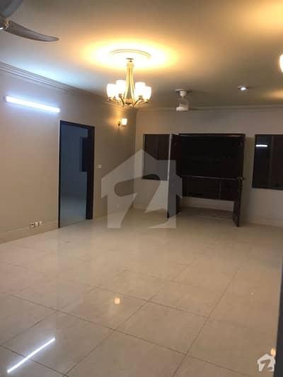 ڈی ایچ اے فیز 2 ایکسٹینشن ڈی ایچ اے ڈیفینس کراچی میں 3 کمروں کا 8 مرلہ فلیٹ 65 ہزار میں کرایہ پر دستیاب ہے۔