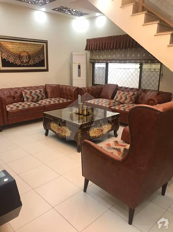 ایف ۔ 11 اسلام آباد میں 7 کمروں کا 1 کنال مکان 10 کروڑ میں برائے فروخت۔