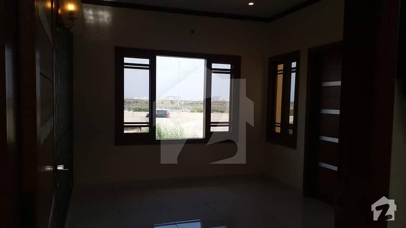 ڈی ایچ اے فیز 7 ڈی ایچ اے کراچی میں 4 کمروں کا 4 مرلہ مکان 3.75 کروڑ میں برائے فروخت۔