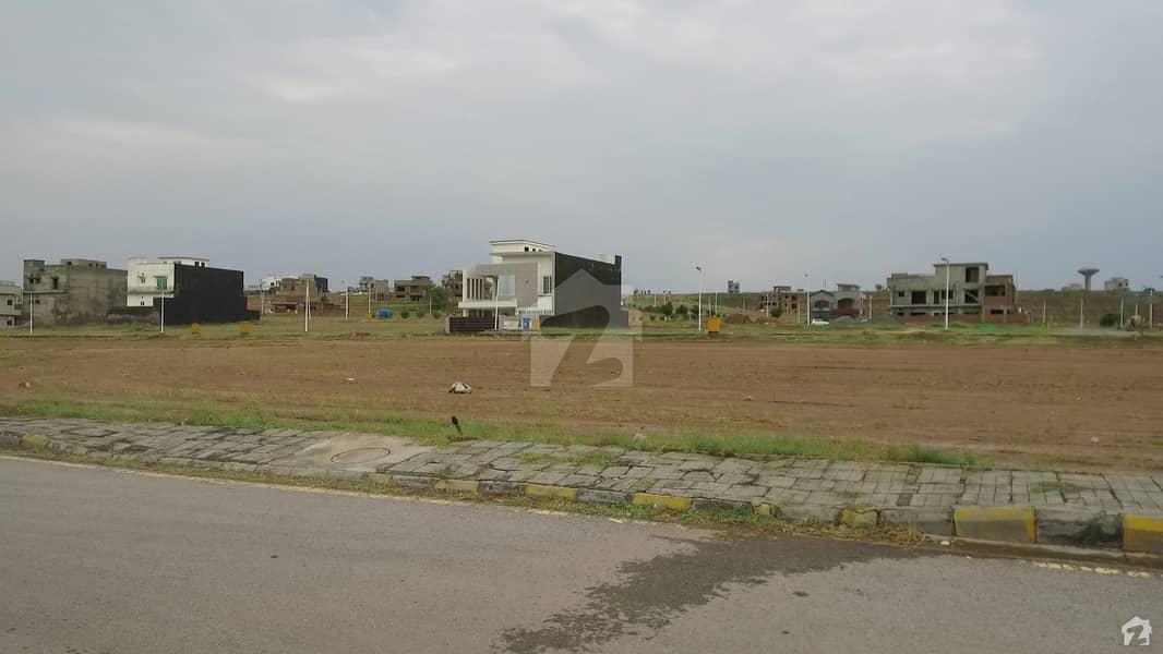 بحریہ ٹاؤن فیز 8 ۔ بلاک آئی بحریہ ٹاؤن فیز 8 بحریہ ٹاؤن راولپنڈی راولپنڈی میں 10 مرلہ رہائشی پلاٹ 95 لاکھ میں برائے فروخت۔