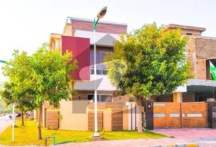 بحریہ گرینز۔ اوورسیز انکلیو - سیکٹر 6 بحریہ گرینز۔ اوورسیز انکلیو بحریہ ٹاؤن فیز 8 بحریہ ٹاؤن راولپنڈی راولپنڈی میں 5 کمروں کا 11 مرلہ مکان 3 کروڑ میں برائے فروخت۔