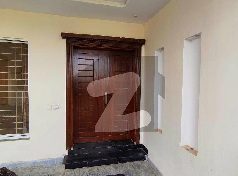 10 Marla Upper Portion With 3 Beds In Lda Avenue - Block J