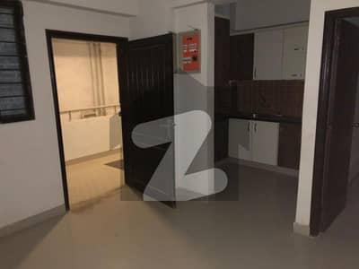 شانزیل گالف ریزڈینسیا جناح ایونیو کراچی میں 2 کمروں کا 4 مرلہ فلیٹ 70 لاکھ میں برائے فروخت۔