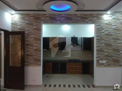 اسٹیٹ لائف ہاؤسنگ فیز 1 اسٹیٹ لائف ہاؤسنگ سوسائٹی لاہور میں 2 کمروں کا 10 مرلہ بالائی پورشن 35 ہزار میں کرایہ پر دستیاب ہے۔