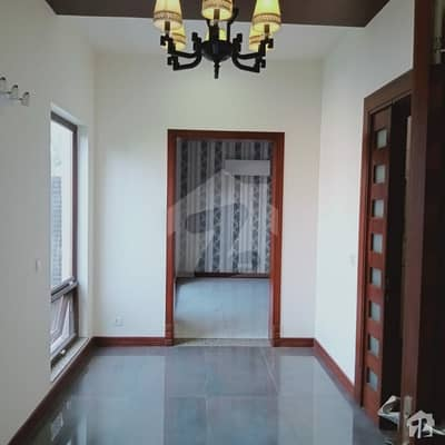 Beautiful Ideal Location Brand New House
