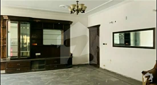In Model Town - Block K Of Lahore, A 9000 Square Feet House Is Available