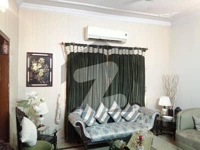 فیڈرل گورنمنٹ ایمپلائز ہاؤسنگ فاؤنڈیشن اسلام آباد میں 3 کمروں کا 5 مرلہ فلیٹ 1.75 کروڑ میں برائے فروخت۔