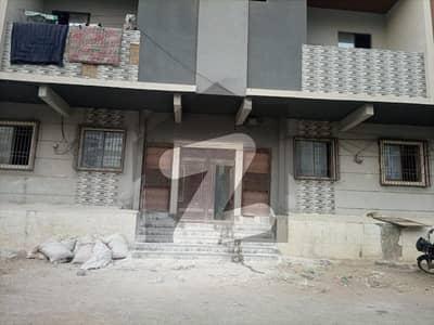پی اینڈ ٹی کالونی کراچی میں 2 کمروں کا 4 مرلہ فلیٹ 75 لاکھ میں برائے فروخت۔