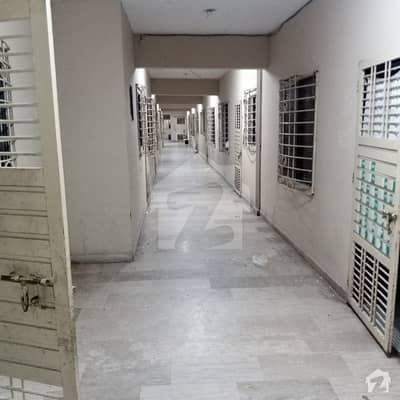 کورنگی کریک کنٹونمنٹ کورنگی کراچی میں 2 کمروں کا 3 مرلہ فلیٹ 42 لاکھ میں برائے فروخت۔