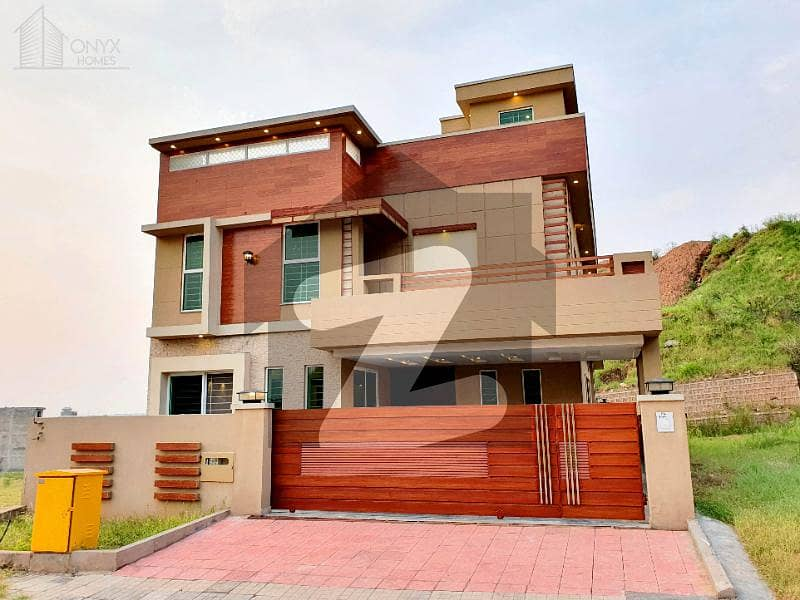 At a very Low Price 10 Marla Good Quality House For Sale In Bahria Town
