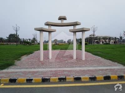 وادی ستارہ لاہور ۔ شیخوپورہ ۔ فیصل آباد روڈ فیصل آباد میں 1.6 کنال رہائشی پلاٹ 2.32 کروڑ میں برائے فروخت۔