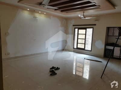 Upper Portion Sized 3600 Square Feet Available In North Nazimabad - Block D