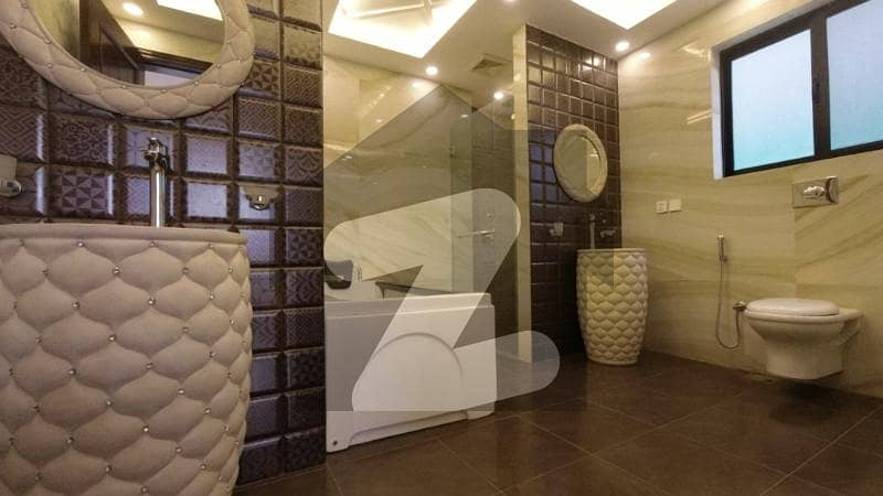 1 Kanal Luxury Bungalow Near to Commercial, Park, Golf Coerce For Sale