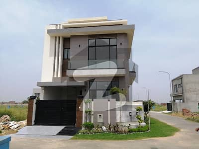 ڈی ایچ اے 9 ٹاؤن ۔ بلاک اے ڈی ایچ اے 9 ٹاؤن ڈیفنس (ڈی ایچ اے) لاہور میں 3 کمروں کا 5 مرلہ مکان 1.8 کروڑ میں برائے فروخت۔