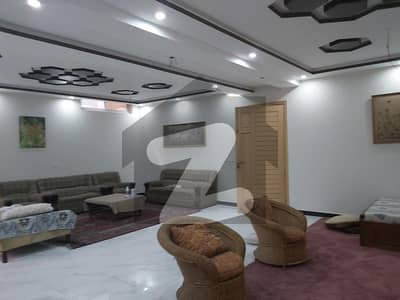 12 Marla House In Hayatabad Available For Sale