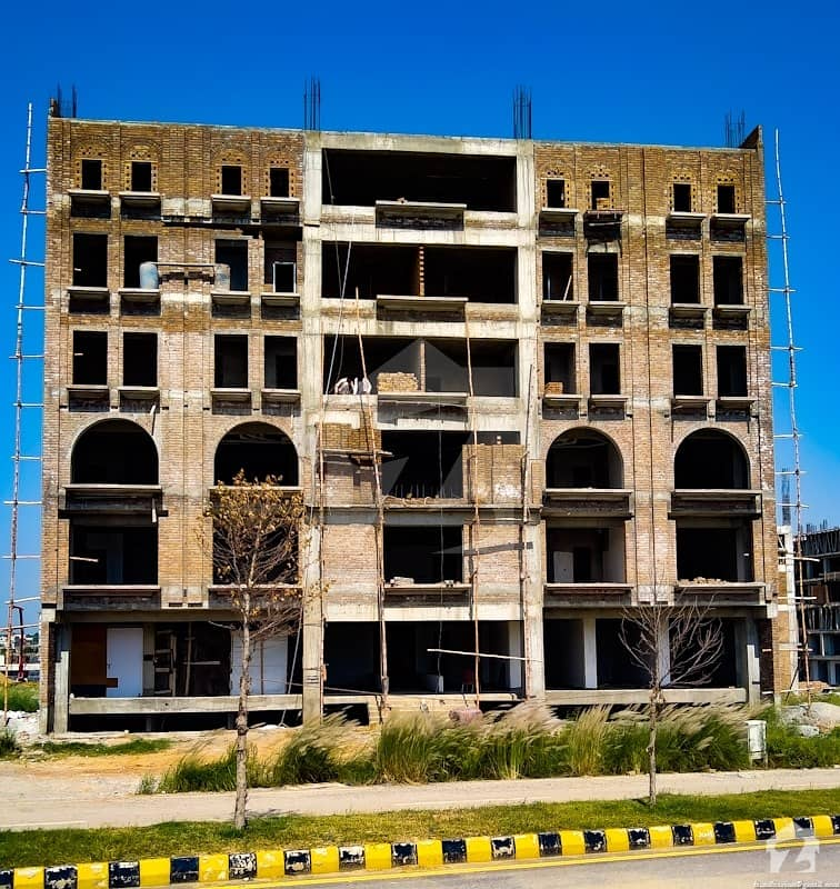 Residential Apartment On Instalments In Chinar Arcade Mumtaz City, New International Islamabad Airport