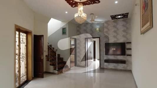 ڈی ایچ اے 9 ٹاؤن ۔ بلاک سی ڈی ایچ اے 9 ٹاؤن ڈیفنس (ڈی ایچ اے) لاہور میں 3 کمروں کا 5 مرلہ مکان 1.62 کروڑ میں برائے فروخت۔