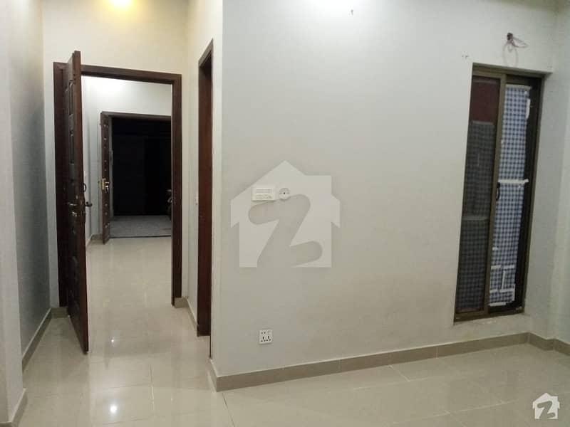 شاہ جمال لاہور میں 1 کمرے کا 3 مرلہ فلیٹ 22 ہزار میں کرایہ پر دستیاب ہے۔