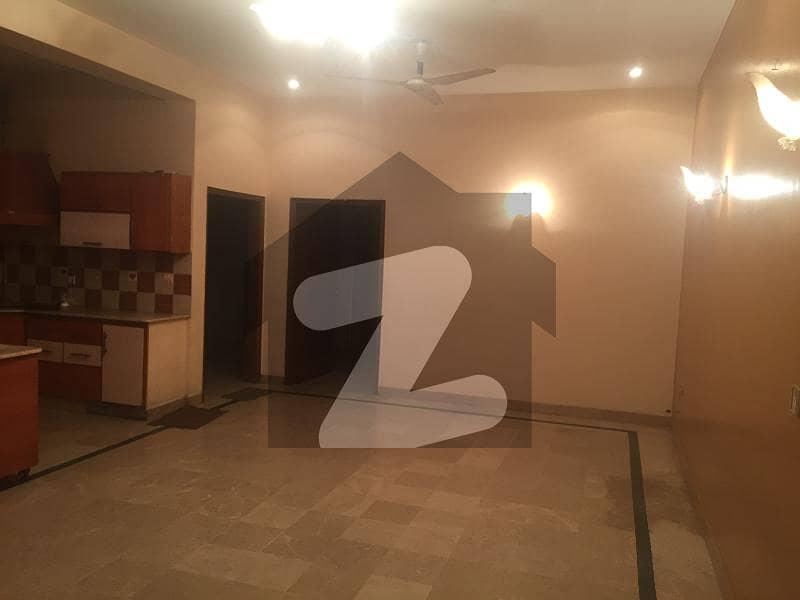 گلشنِ اقبال - بلاک 3 گلشنِ اقبال گلشنِ اقبال ٹاؤن کراچی میں 4 کمروں کا 10 مرلہ مکان 4.5 کروڑ میں برائے فروخت۔