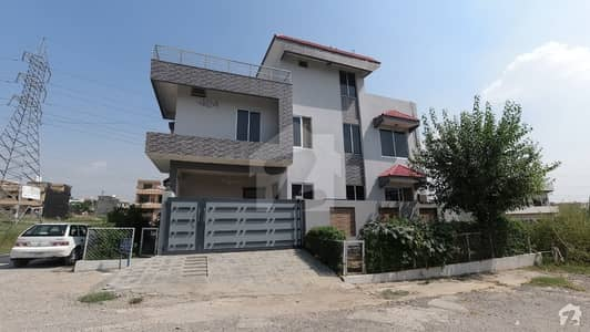 45x40 Double Storey House For Sale In I-14 Street 34 Islamabad