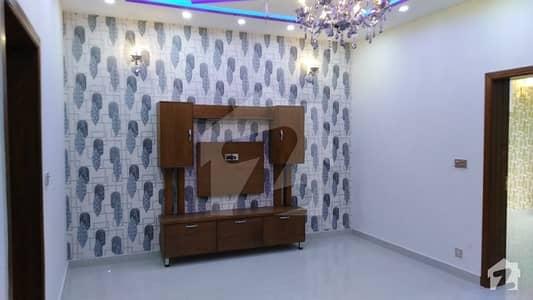 ای ایم ای سوسائٹی ۔ بلاک ایچ ای ایم ای سوسائٹی لاہور میں 3 کمروں کا 1 کنال بالائی پورشن 60 ہزار میں کرایہ پر دستیاب ہے۔