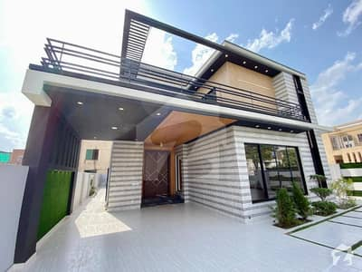 1 Kanal House For Rent Available