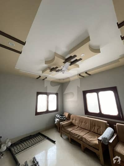 200 Yds Bungalow For Sale At Main Sehar Ph6