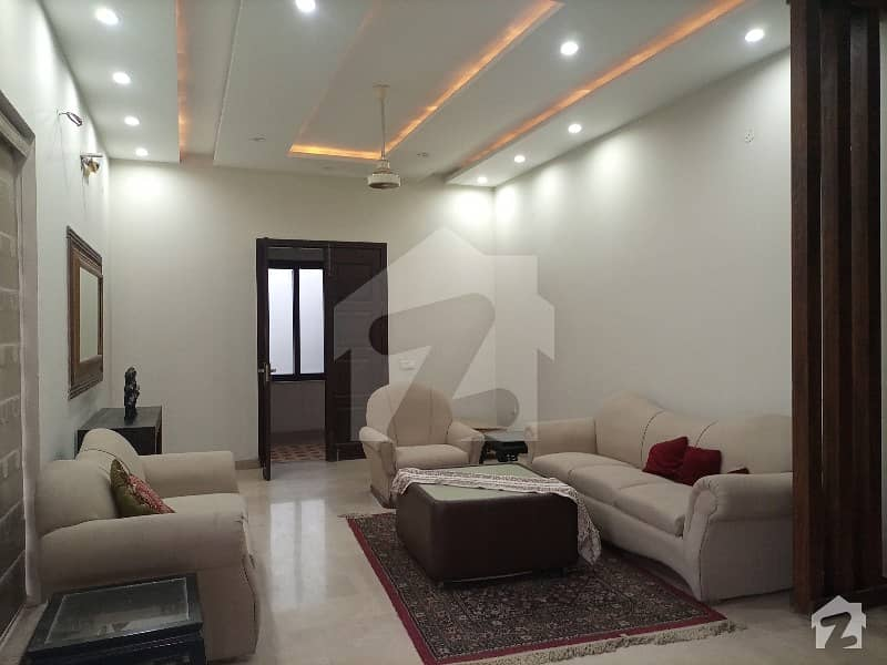 ڈی ایچ اے فیز 2 ڈیفنس (ڈی ایچ اے) لاہور میں 3 کمروں کا 2 کنال بالائی پورشن 1.35 لاکھ میں کرایہ پر دستیاب ہے۔