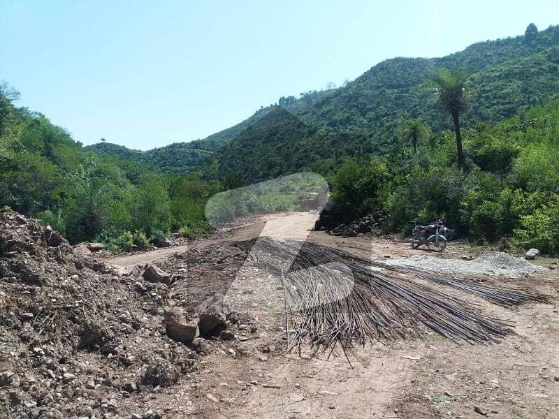 چتر اسلام آباد میں 4 کنال فارم ہاؤس 2.5 کروڑ میں برائے فروخت۔