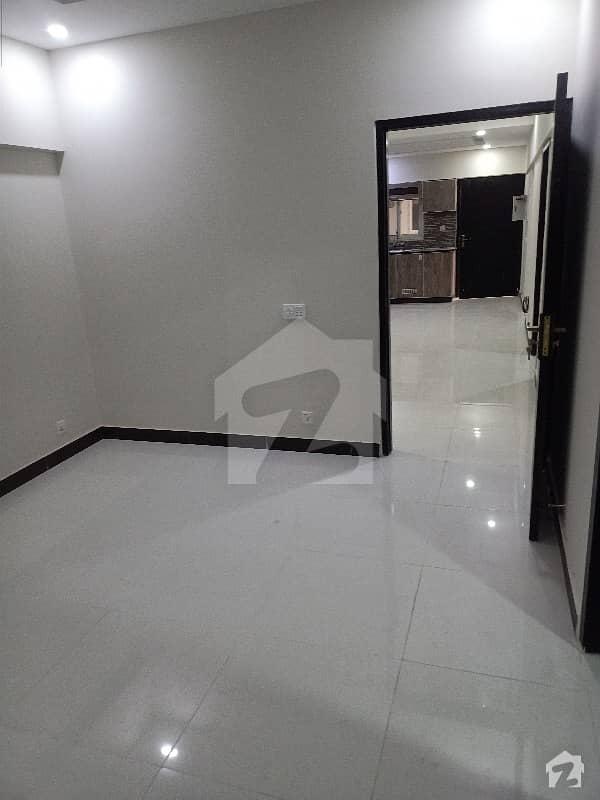 کیپیٹل ریزڈنشیا مرگلہ ہِلز-2 ای ۔ 11 اسلام آباد میں 2 کمروں کا 6 مرلہ فلیٹ 1.21 کروڑ میں برائے فروخت۔
