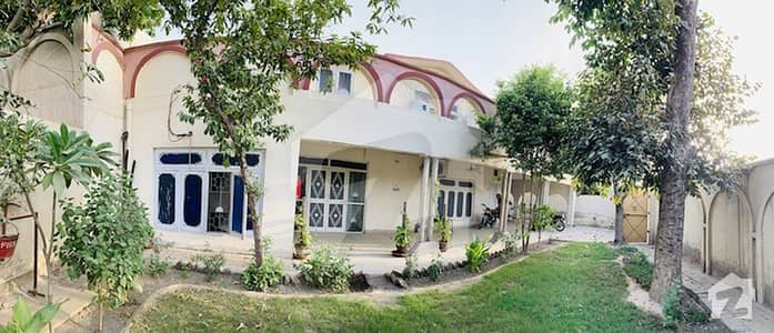 ملتان روڈ ساہیوال میں 6 کمروں کا 1.4 کنال مکان 80 ہزار میں کرایہ پر دستیاب ہے۔