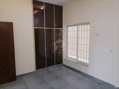 5 Marla Spacious House Is Available In Canal Road For Rent