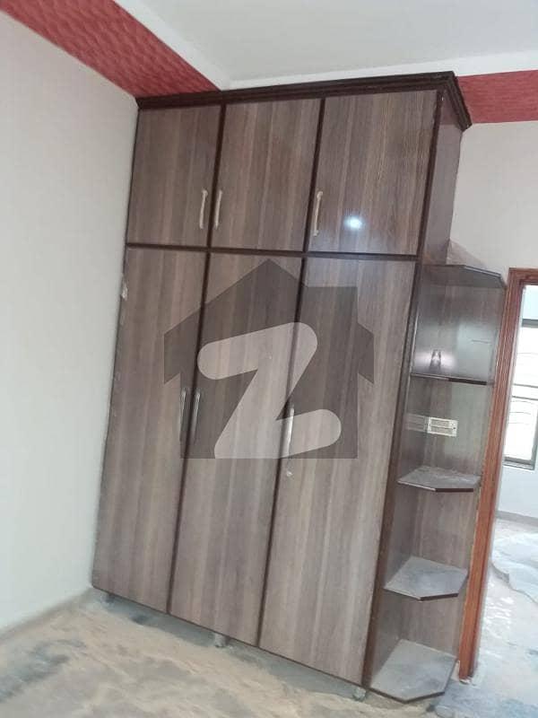پاک عرب ہاؤسنگ سوسائٹی لاہور میں 1 کمرے کا 2 مرلہ فلیٹ 15 ہزار میں کرایہ پر دستیاب ہے۔