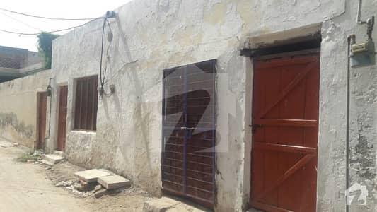 دیگر سرگودھا میں 4 کمروں کا 5 مرلہ مکان 12 ہزار میں کرایہ پر دستیاب ہے۔