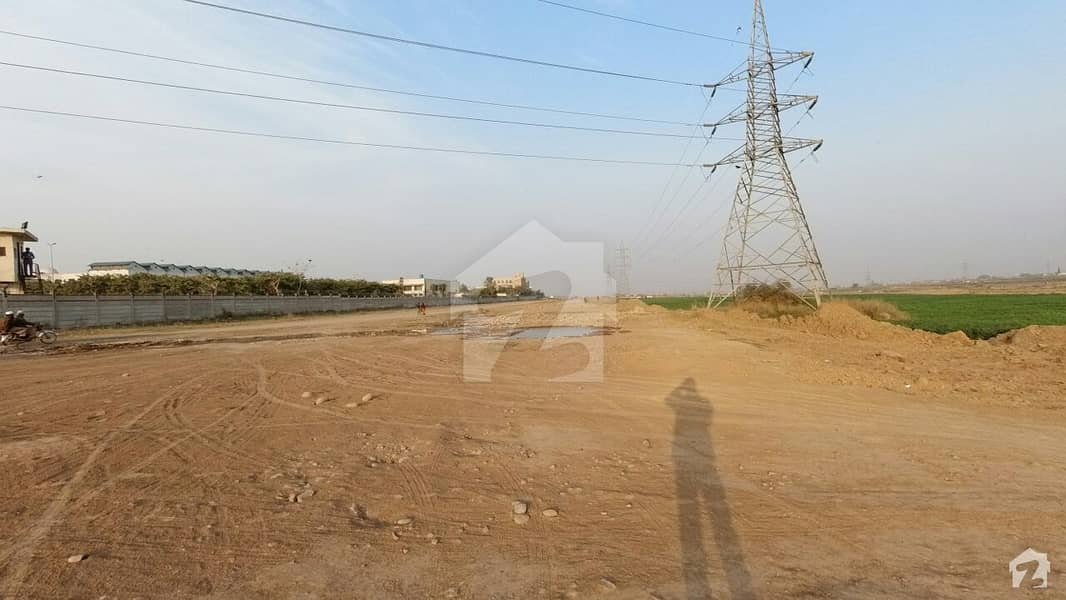 Corner Residential Plot For Sale At Prime Location In Low Price at Islamabad
